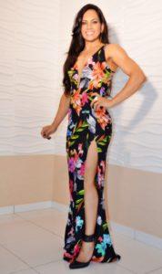 elayne-juca-apresentou-modelitos-lindos-para-o-56o-baile-do-havai-para-a-bn-multimarcas